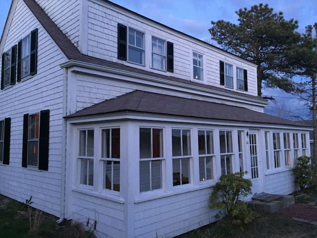 north truro divorced singles - rent from people in north truro, ma from $20/night find unique places to stay with local hosts in 191 countries belong anywhere with airbnb.