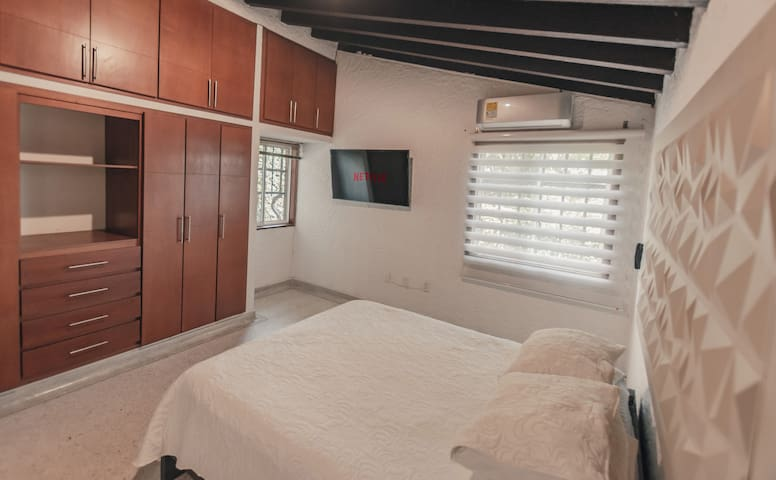 CASA LAGO BOUTIQUE SUITE 1