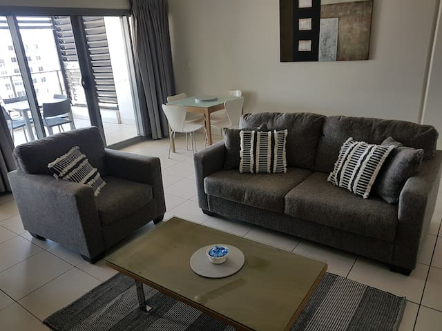 Luxury Central Darwin City Apartment.