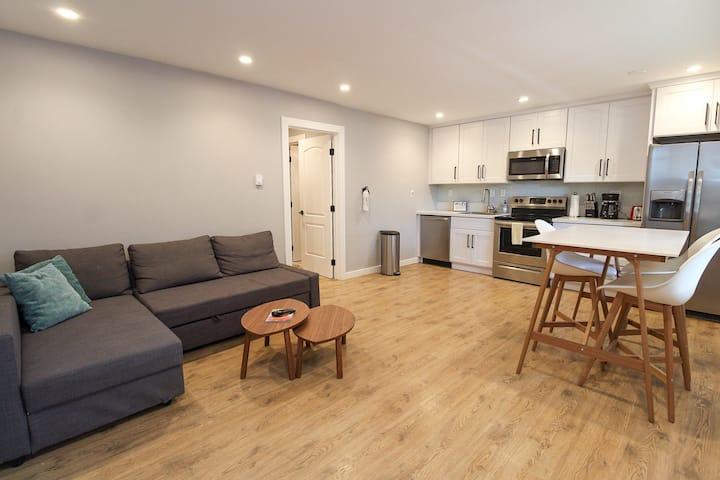 Renovated beachfront apartment in Norfolk