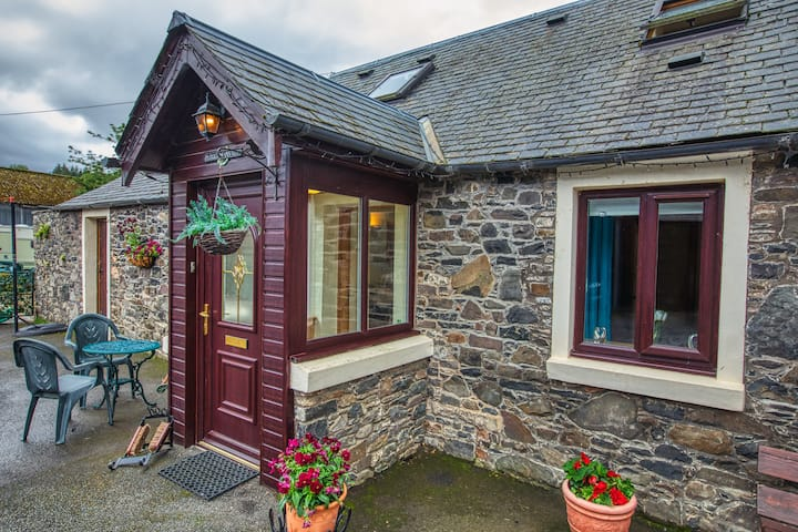 Cosy Neuk Cottage - Relaxed and welcoming