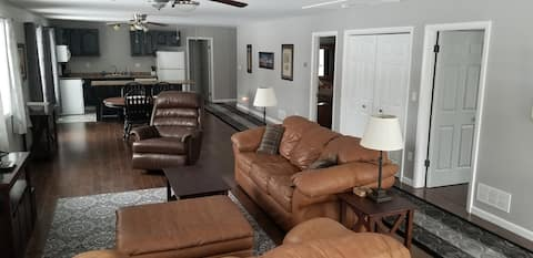 Large 2 Bed Rm/ 3 Bed, Private 2nd Floor Suite