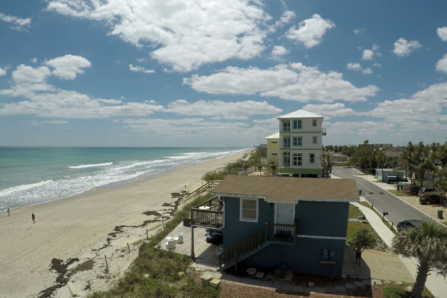 Aerial view of the apartment and the Atlantic Ocean