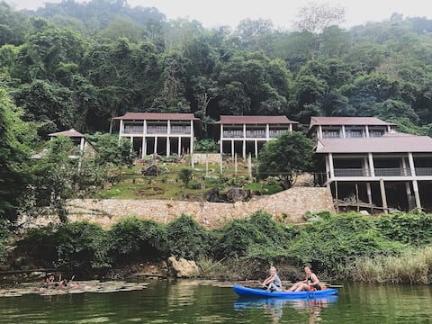 Ba Be Lakeside Bungalow - Private room & Breakfast