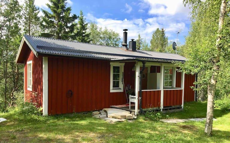 Stuga centralt i Funäsdalen by