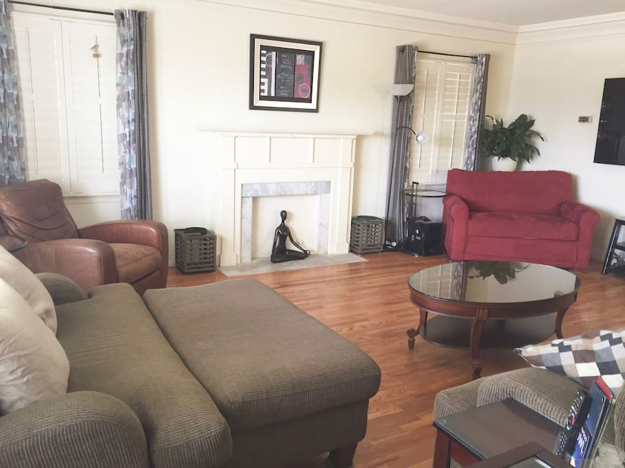 Living Room With Sofa Sleeper (Rust Color Sofa)