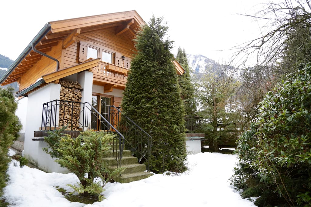 Homy cottage with glacier view chalet in affitto a for Piani architettonici di cottage