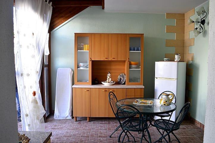 Casa a 100 mt dalla spiaggia di Lido Marini - Lido Marini - Apartament