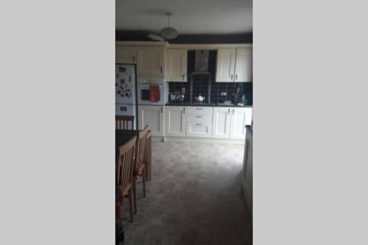Cosy double bedroom - En suite