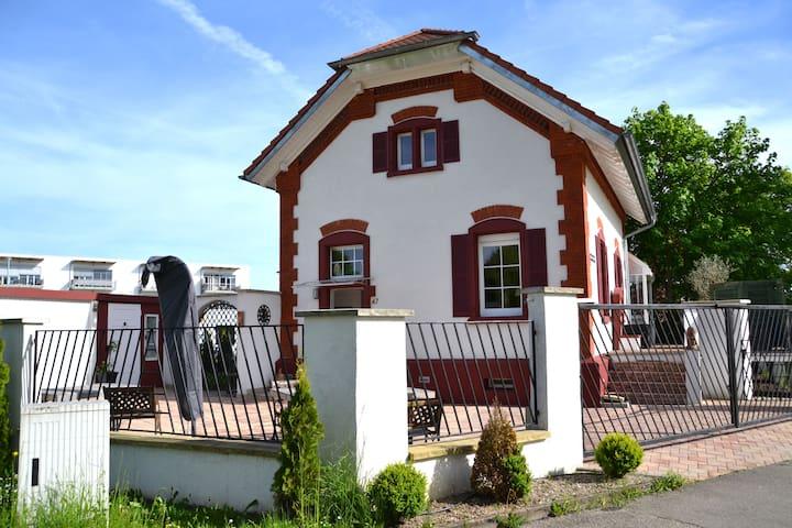 Bahnhäusle HÜFINGEN 5 Sterne DTV - Hüfingen - Casa