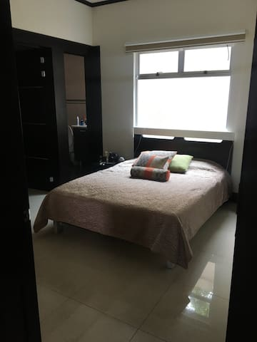 Lovely, Cozy and Spacious room in the best SJ zone - Sabanilla - Apartmen