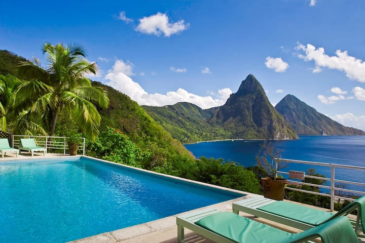 Charming villa, spectacular views. - Soufriere, Saint Lucia - Villa