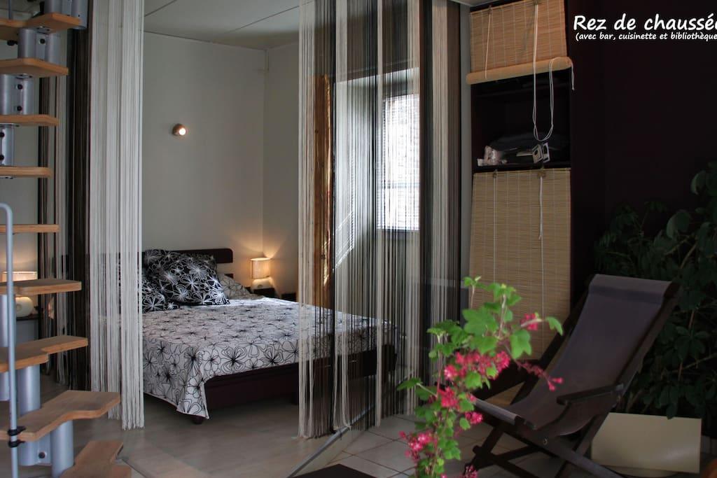 Le r d c avec un lit confortable de de 160/200