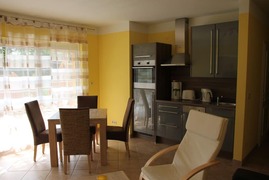 Wohnraum , Zugang zur Terrasse