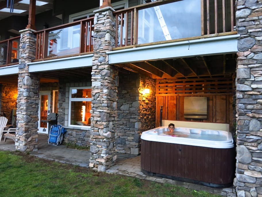 Hot tub is immediately adjacent to the suite!