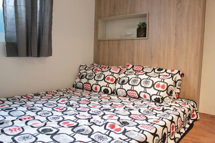 Keelung Stay: B  位於基隆市中心的獨立單/雙人套房