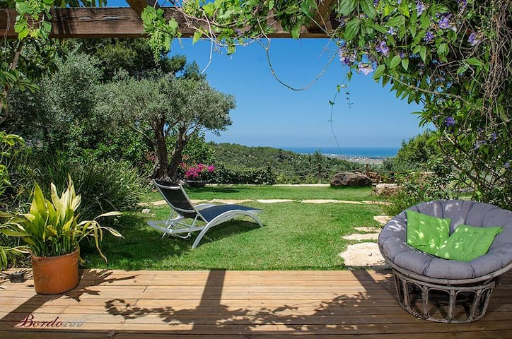 Above the sea, Luxury B&B, Ein Hod - Ein Hod - Bed & Breakfast