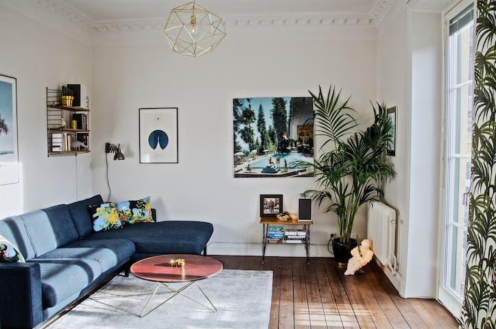 Chic Södermalm apartment with perfect location