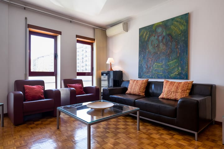 Romantic Family Apartment (with terrace & airco)