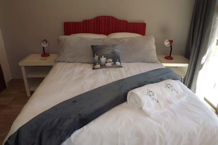 Guest House 4 U Room 3