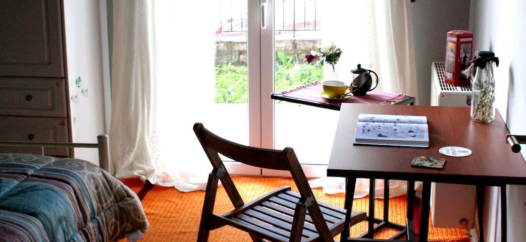 Cozy & Comfy room, with wonderfull view - Ποταμός - Hus