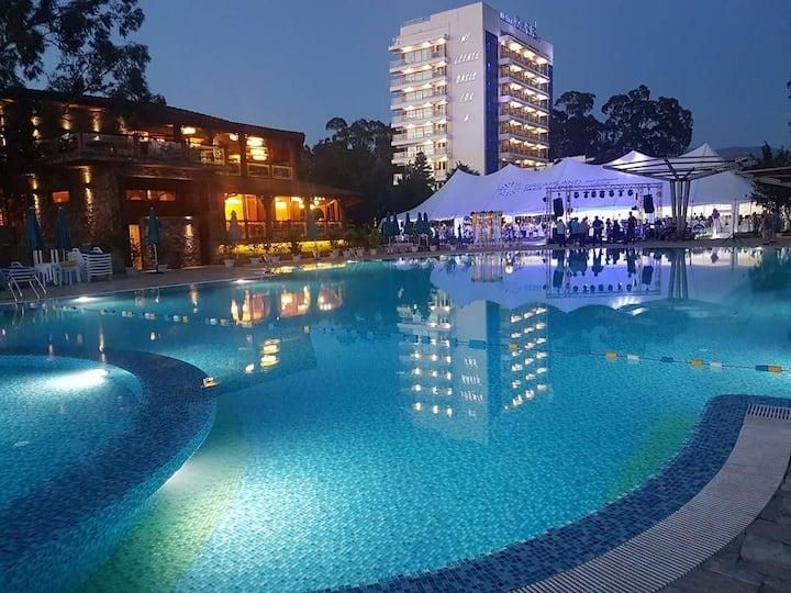 Dreamland Oasis Apartment 9 Chakvi
