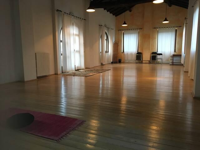 Grande Sala Yoga - Oltrepo Pavese