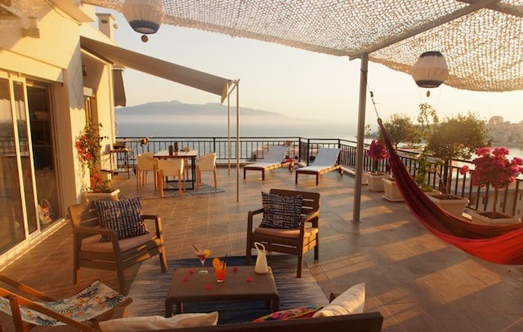"""Your Dream"" Penthouse - Sarandë - Apartment"