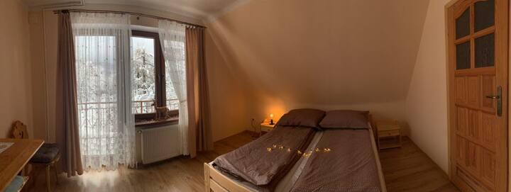 Pokój z łazienką z widokiem na Tatry