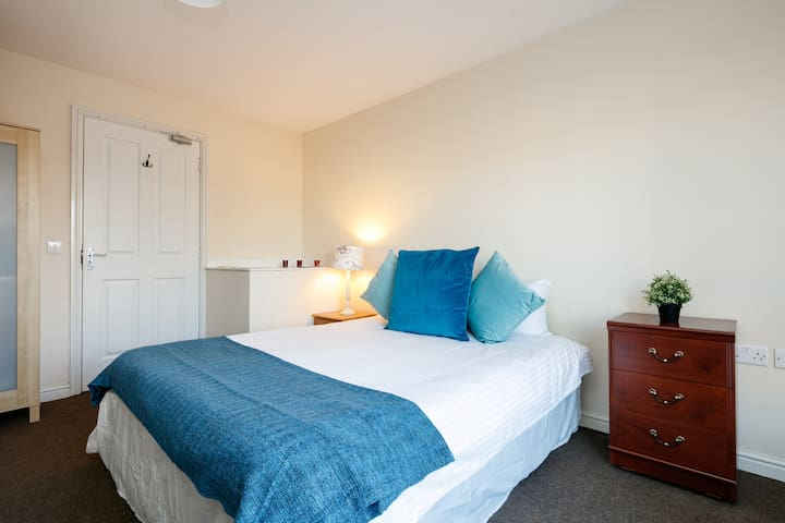 Manchester Large Double Bedroom - Manchester - Hus