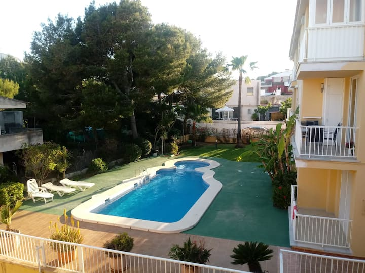 Cosy flat 200 meters from the beach