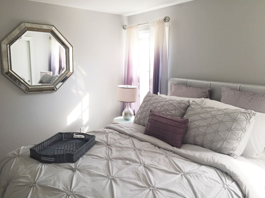 The platinum room is the second largest bedroom in the home. It has one large closet that when opened spans the length of the room. Brand new  Serta memory foam mattress.