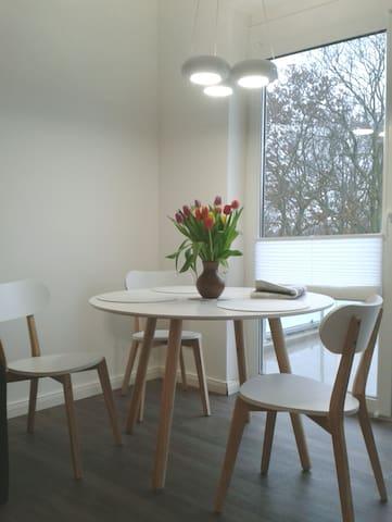 Moderne 2-Zi-Wohlfühlwohnung +Balkon (von Privat) - Fehmarn - Wohnung