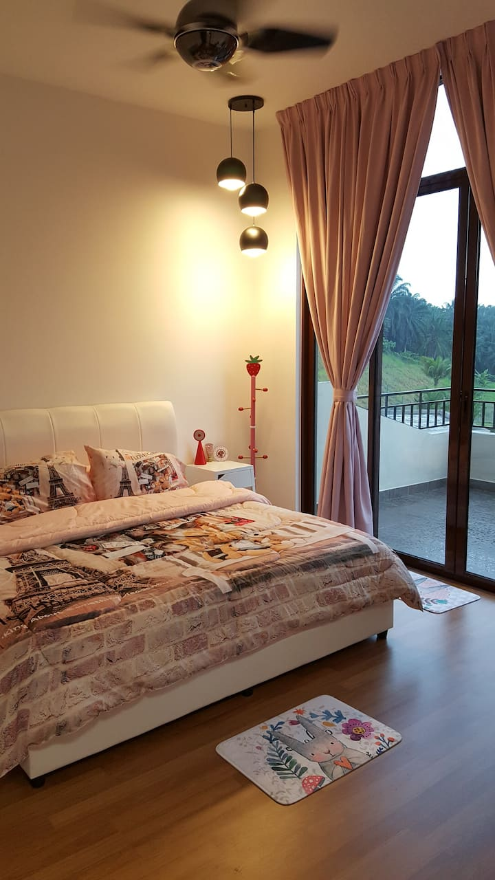 Broga Hill Holiday Home