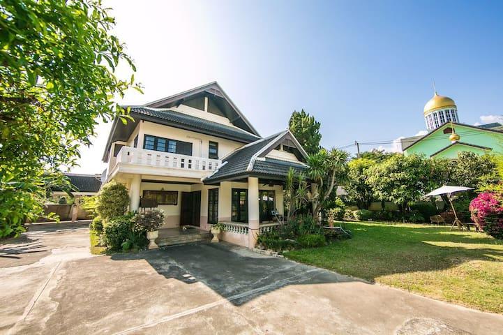 兰纳花园别墅 - Chiang Mai - Villa