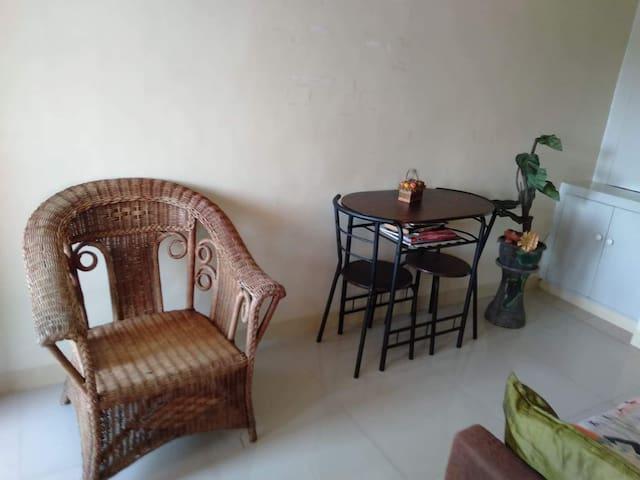 Comfy room in a safe neighborhood near Ayala