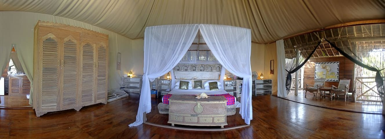 Ocean Suite - Msambweni