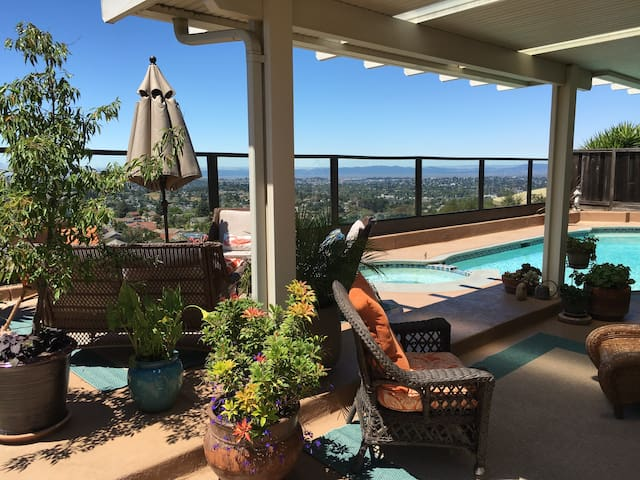 Million Dollar View - Vallejo - House