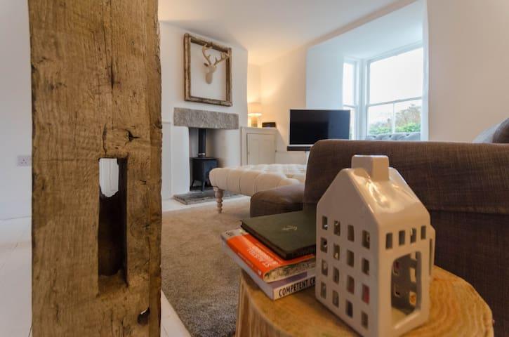 Rose Villa, Fore Street, Polruan, Cornwall - Polruan - Rumah