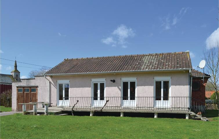 Holiday cottage with 1 bedroom on 71m² in Quoeux Heut Mainil