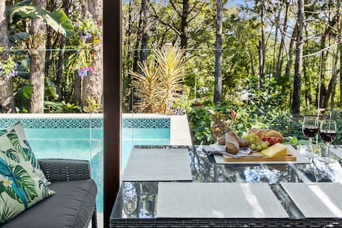 Stunning Noosa Heads private escape with pool