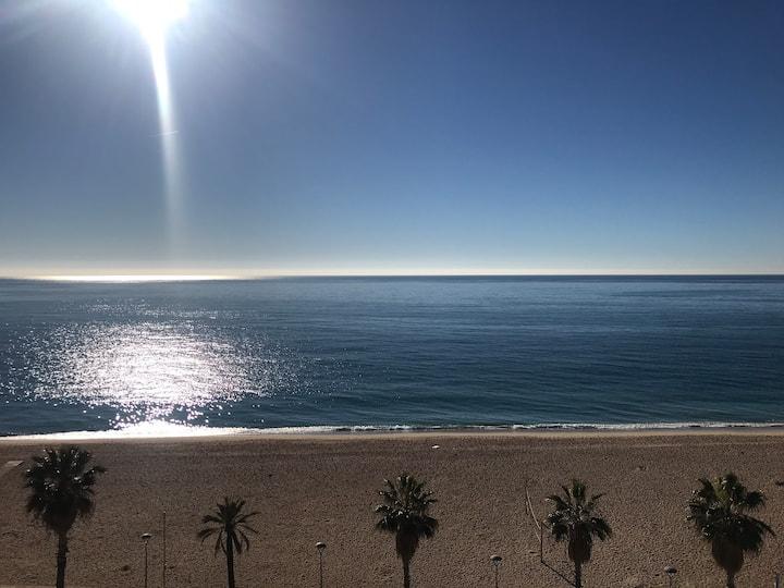 Fantastico apartamento en frente de la playa