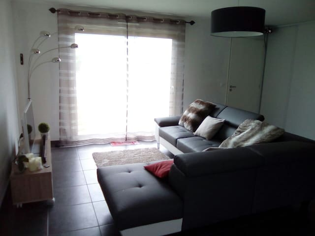 Maison moderne tout confort - La Suze-sur-Sarthe - Huis