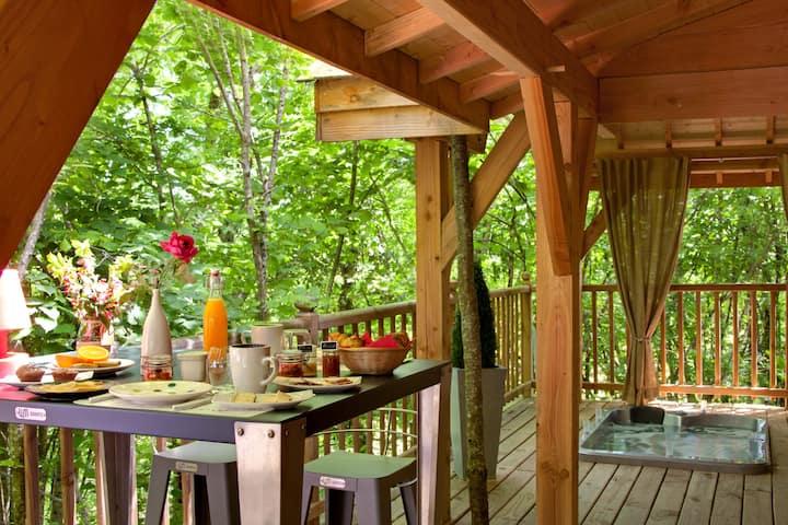 Cabane avec Jacuzzi et Sauna