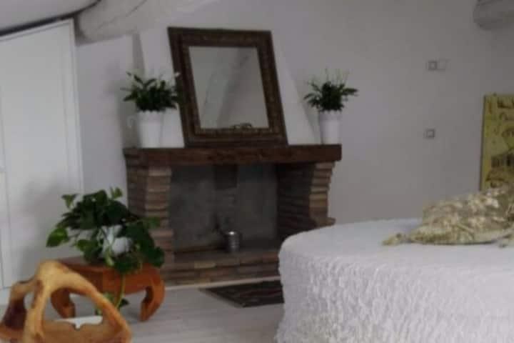 Sacro Bosco Apartment - PIOPPO - in centro storico