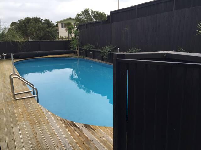 Beachhouse with pool & beach access