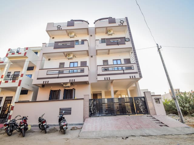Cosy 1BR house in Udaipur at Marked down prices
