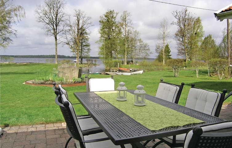 Holiday cottage with 2 bedrooms on 97m² in Bor