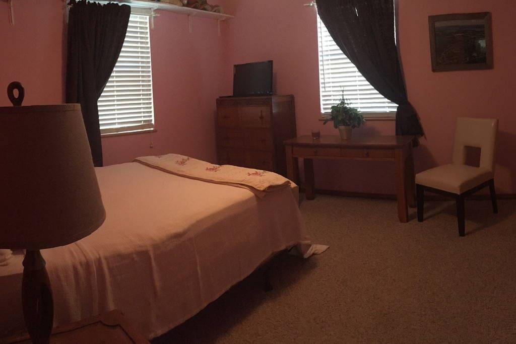 Queen Size bed with Ceiling Fan