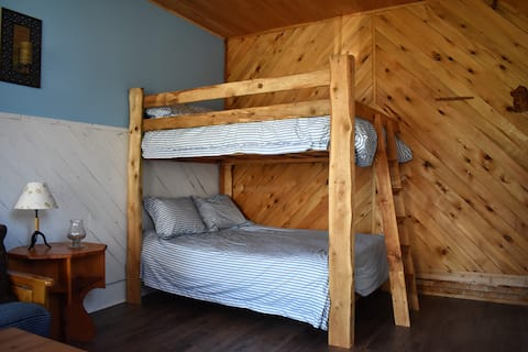 The Bunkie at Forest The Canoe